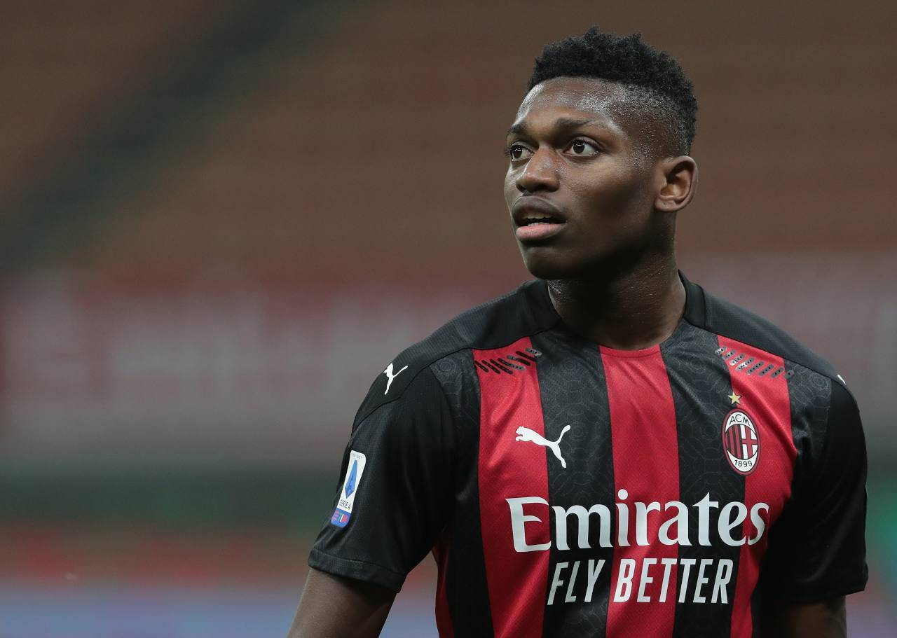 Milan, infortunio Leao