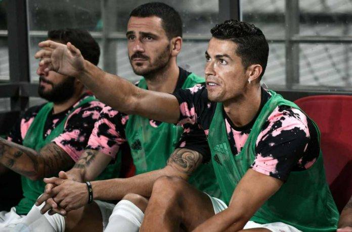 Cristiano Ronaldo in panchina